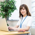 女性にオススメの転職サービス3選【事務職・受付・総務など】